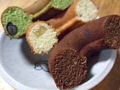ベイクドーナツの期間限定チョコレートとさつまいも、抹茶黒豆
