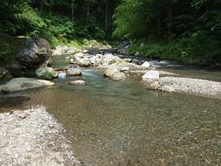 檜原村の秋川