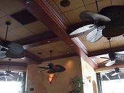 チーズケーキファクトリーの天井