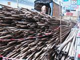足場を組むための竹