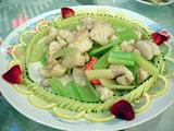 白身魚とセロリの炒め物@鯉魚門