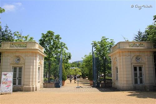 バガテル公園入口