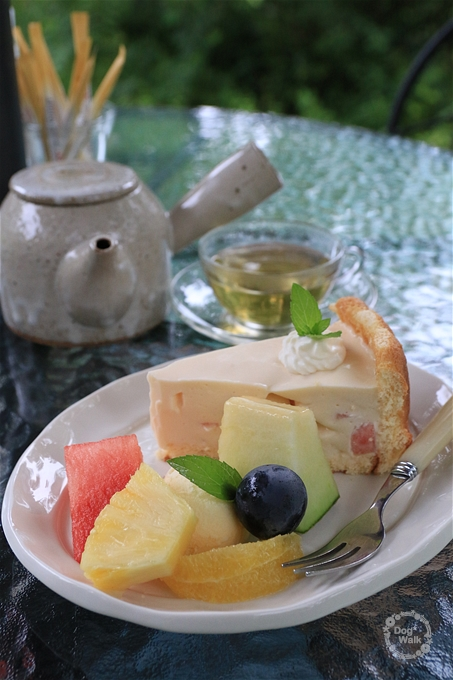桃のケーキ