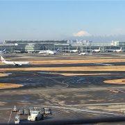 羽田空港と富士山